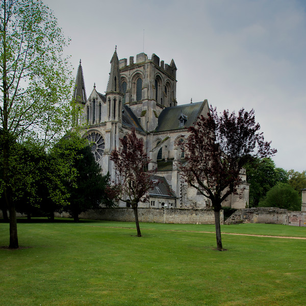Braine , Saint-Yved Abbey