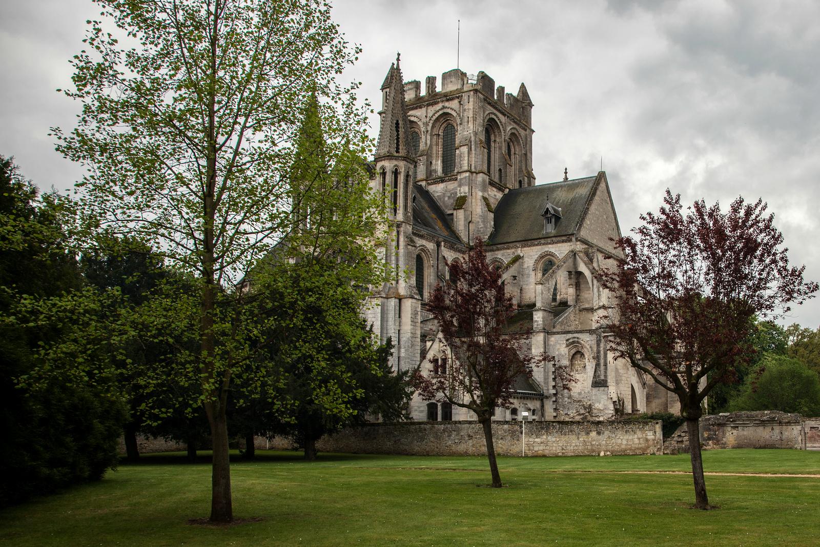 Braine, Saint-Yved Abbey