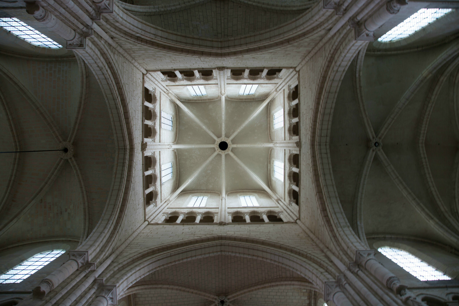 Braine, Saint-Yved Abbey Lantern