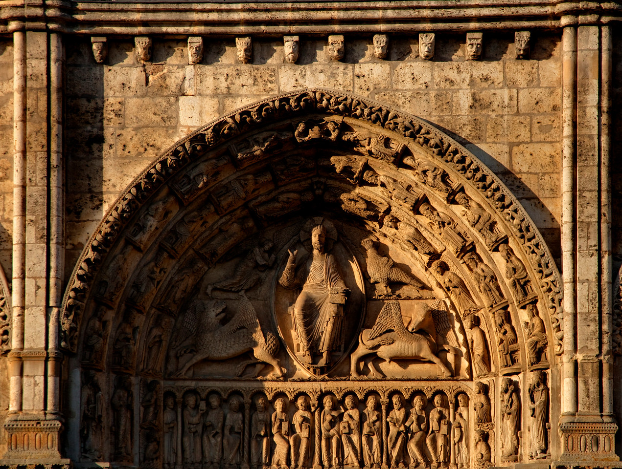 Chartres Cathedral West Facade, Christ in Majesty with the Symbols of the Evangelists