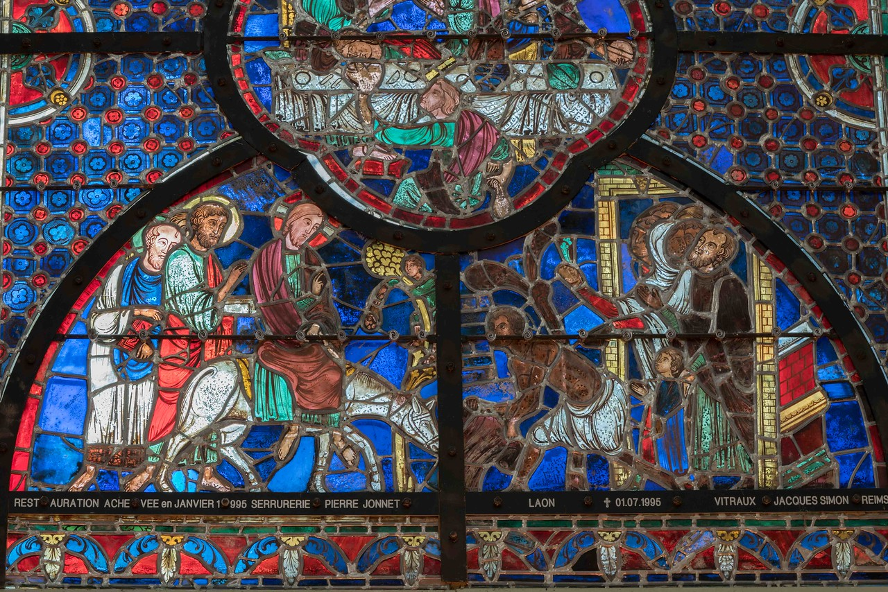 Laon Cathedral of Notre-Dame Choir Window, The Entry into Jerusalem