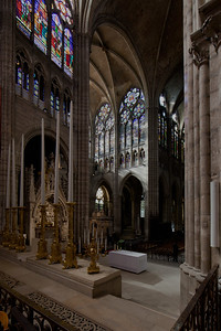 Saint-Denis Cathedral Altar an Transept Arm