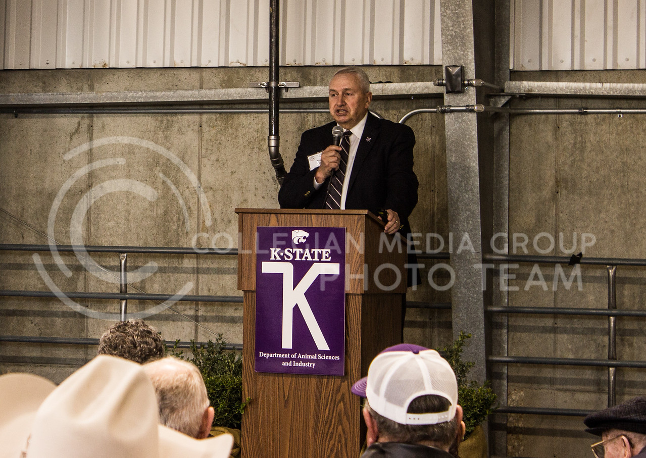 Dr. Ken Odde, department head of the department of animal sciences and industry, speaks to people in attendance of the new purebred beef unit dedication on March 3, 2017. (Regan Tokos   The Collegian)