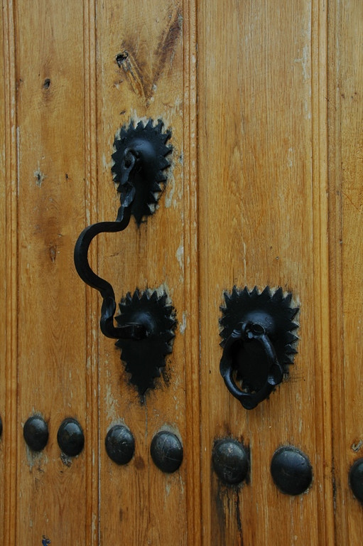 Knockers for Male and Female - Kish, Azerbaijan