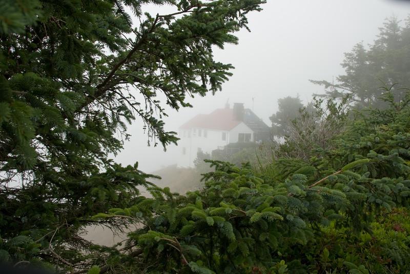 D200_2007-07-14DSC_1876-CapeFoulweatherFogHouse-2