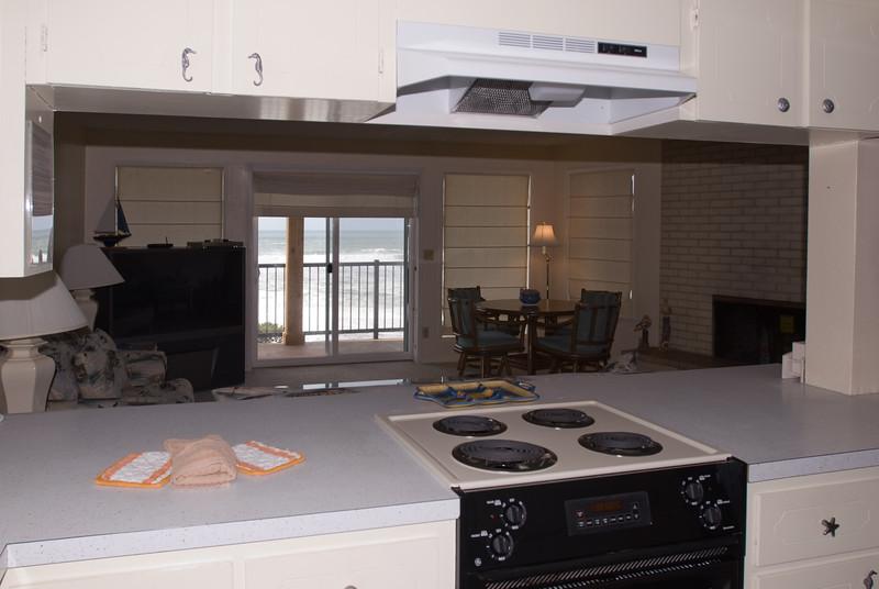 Cavalier Beachfront Condominiums<br /> Unit 24<br /> March 2009<br /> <br /> Copyright © 2009 Rick Kruer<br /> rickkruer.com<br /> cavaliercondos.com<br /> <br /> D200_20090317_1432_DSC_9823-Unit24-Kitchen-2.psd