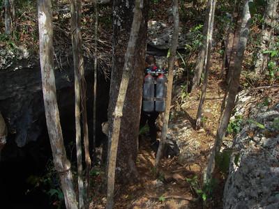 The precarious walk along The Pit's edge