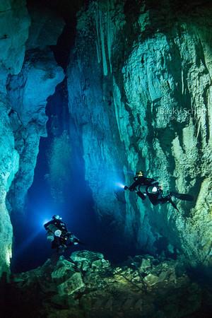 Stargate Blue Hole : Andros Bahamas