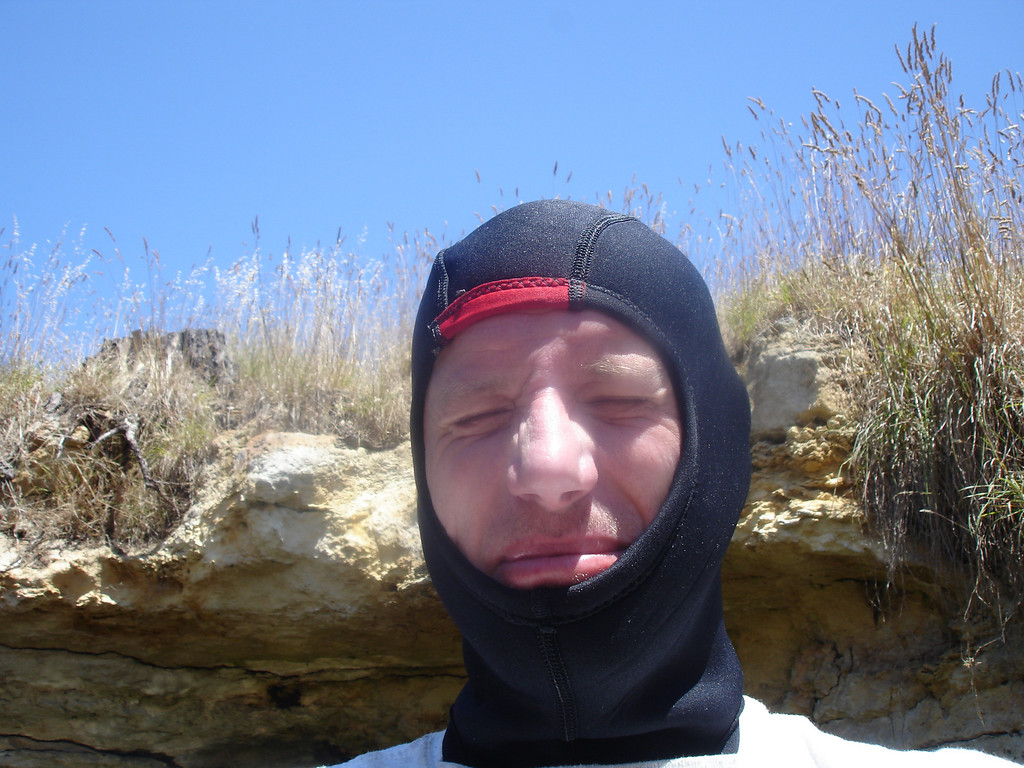 dive hood gave some protection against bloody annoying flies
