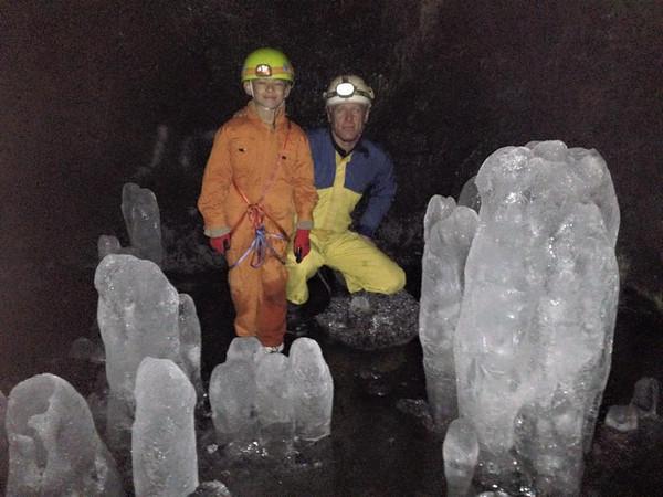 2015, Fuji lava caves with Riane