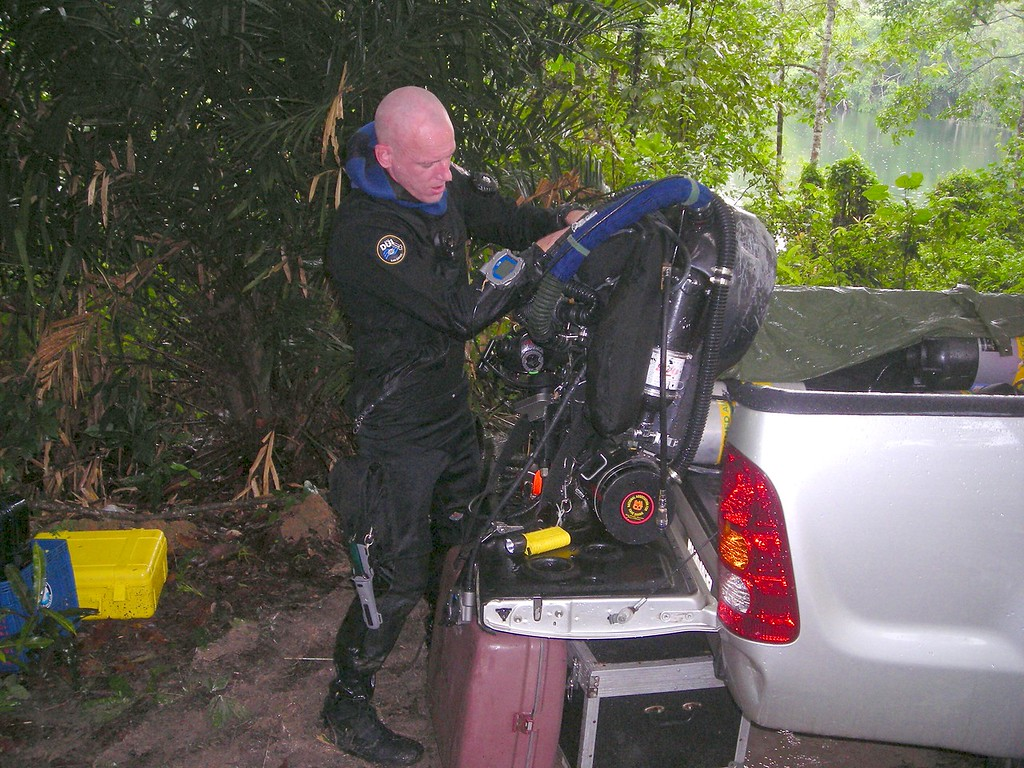 Setting up the twin rebreather.  main rebreather (top) is boros, at bottom is homemade bail out rebreather, together they give probably max 15hrs or so underwater