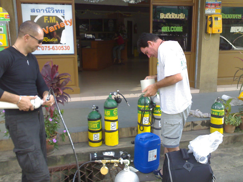 Only in Thailand can you get away with filling tanks and scrubbers on the door step of the hotel.  Yes those stage tank MODs are in meters :-)...just hope they are up to JTs standard ;-)