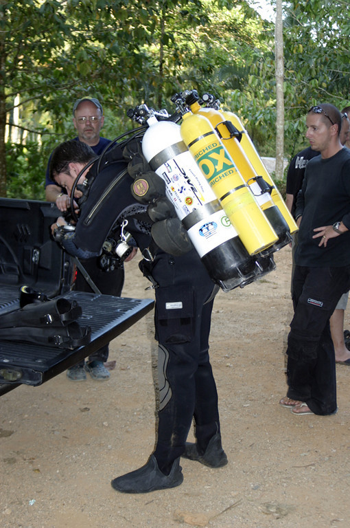 Bens going over to rebreathers.....cant think why :-)