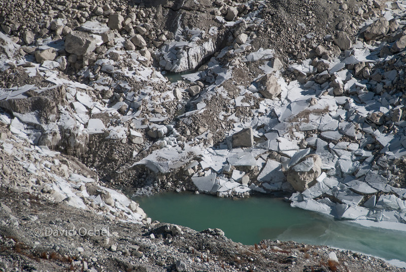 The ice plates indicate the previous water level of a supraglacial lake.