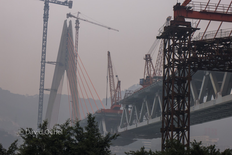 New bridge being built in Chonqing.