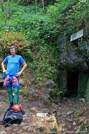 Dave at the entrance to Cuevas del Rey Marcos