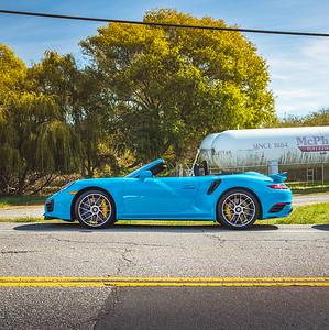 Random Turbo S in Miami Blue