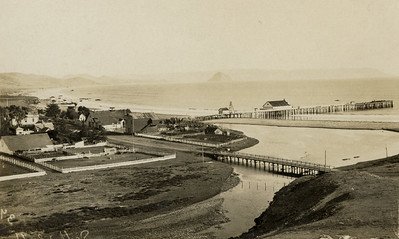 Cayucos Pier and coastline, c. 1911. #1949.001.094.