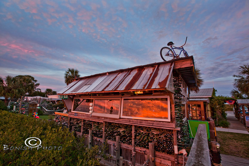 Hideaway Tiki Bar Afterglow - Photo by Pat Bonish