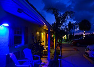 night shot Low Key Hideaway Motel