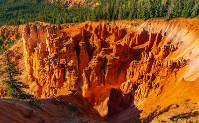 The Colors of the Strawberry Cliffs