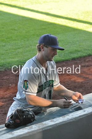 Cedar Rapids Kernels at Clinton baseball (6-19-15)