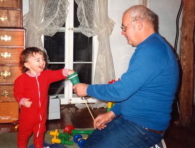 Dad_19881124_056