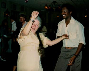 1988 0820 JoEric H dancing 0002b