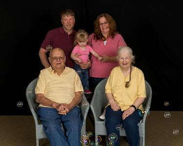 2017 Family Portraits Fay, Lisa, Violet