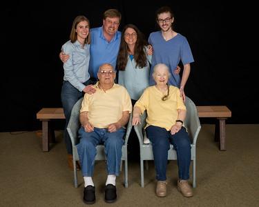 2017 Family Portraits Jo, Eric, Ari, Austen