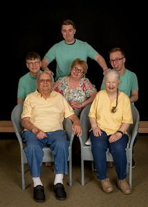 2017 Family Portraits Floyd, Margit, Christian, Brandon
