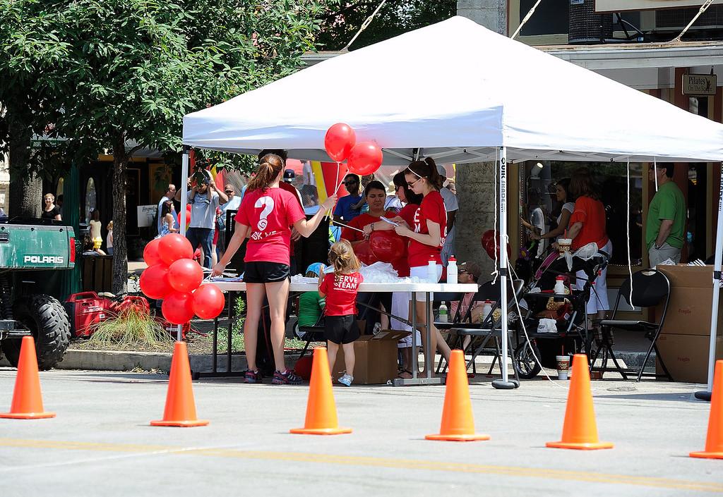 Gtown Poppy Fest 04292012-500