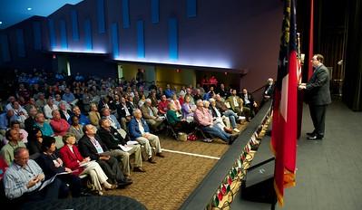 GA State Sentaor Josh McKoon addresses the delegates