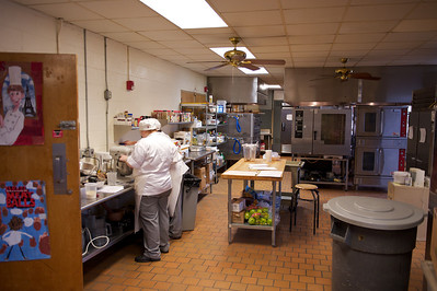 Culinary training in a fully equipped kitchen