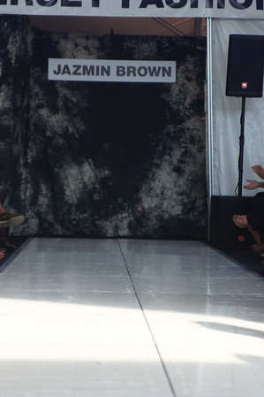 Jazmin Brown | Sunday, October 9, 2011