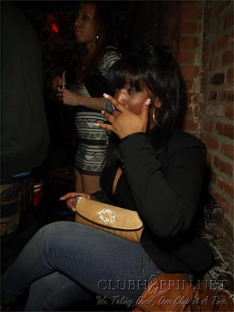 Chillen w/ Friends @ Guesthouse - April 9, 2009