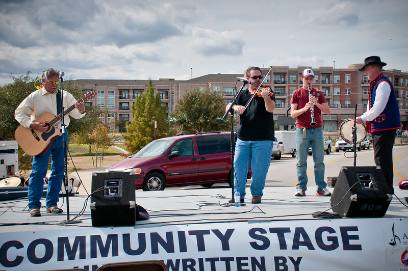 Brian Marshall and the Texas Slavic Playboys on the Community Stage.