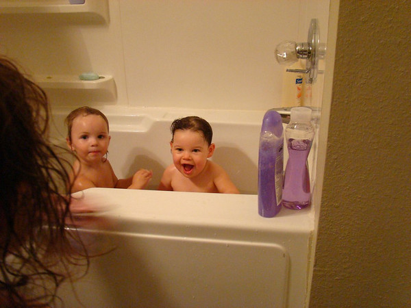 Baylie and Livi in the Tub
