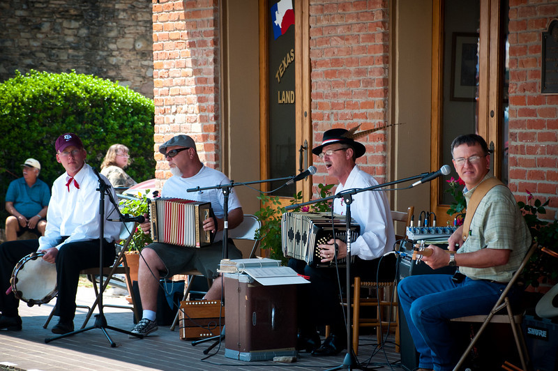 Polish Music On Main Street.