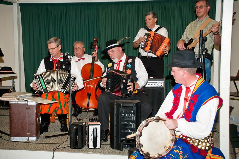 Polish music entertainment by Polska Kapela.