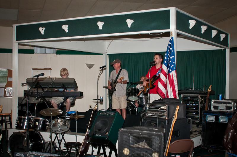 ZenTexas band entertains the crowd