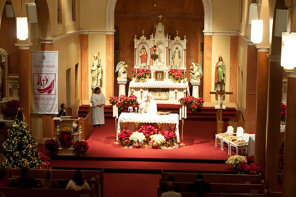 2012 Midnight Mass In Chappell Hill