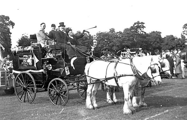 <font size=3><u> - Coronation Parade 1953 - </u></font> (BS0523) See Benson, A Century of Change Page 155. Bert Passey in top hat, Mick Passey with horn
