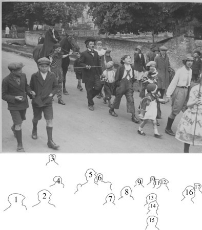 <font size=3><u> - Carnival Parade - </u></font> (BS0264)  Brook street - carnival parade.1932?   1. ? 2. George Pether 3. ? 4. John Lane 5. Len Snuggs 6. Victor Moffat 7. ? 8. John Coggins 9. Ethel Harwood 10. ? 11. Mrs Harwood 12. Jack Witney 13. Monty Coggins 14. Isabel Coggins 15. ? 16. Joan Walters 17. ?