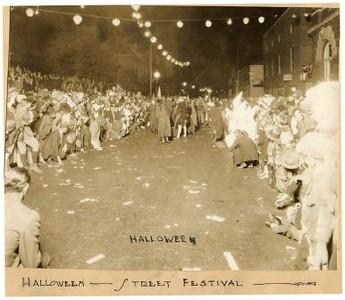Halloween Street Festival II (01590)