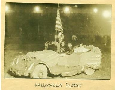 Halloween Float (01570)