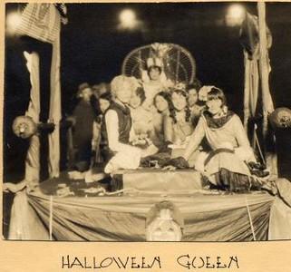 Halloween Queen II (01601)