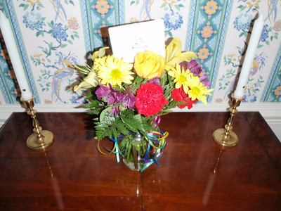 05/23/13: Beautiful retirement bouquet sent by Julie Forster (current teammate for SoftWare Architect - SWARCH)