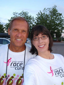 Dennis and Jenny arrive at the RBC Center to park along with 21,000 race participants (self-portrait!)