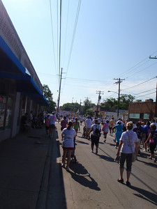 Participants included runners, walkers, folks with strollers, bikers, etc.